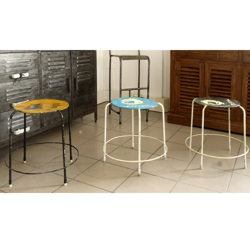 tabouret bar bidon recycl pas cher en vente chez origin 39 s meubles. Black Bedroom Furniture Sets. Home Design Ideas