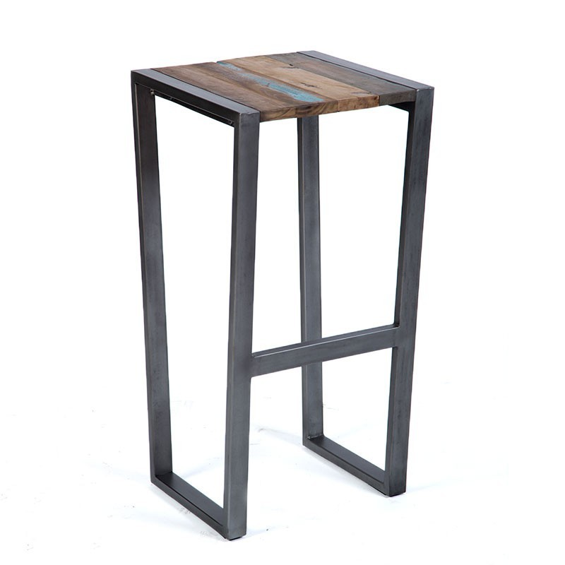 magnifique tabouret de bar industriel wings en fer en bois de bateau recycl. Black Bedroom Furniture Sets. Home Design Ideas