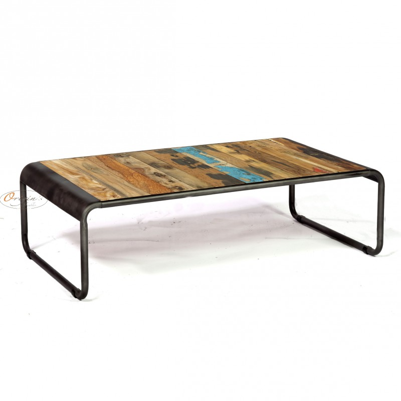 Table basse rectangulaire r tro fer d poli et planches de for Table basse en fer et bois